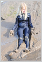 Felicity takes to the mudbanks in full spandex! featuring Felicity, the Serving Wench